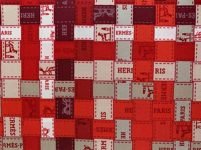 Hermes Bolduc Silk Scarf au Carre Rouge Bordeaux Gris  Scarf 90  For Sale 1