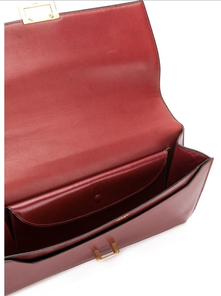 Hermes Bordeaux Shoulder Bag In Excellent Condition For Sale In Paris, FR