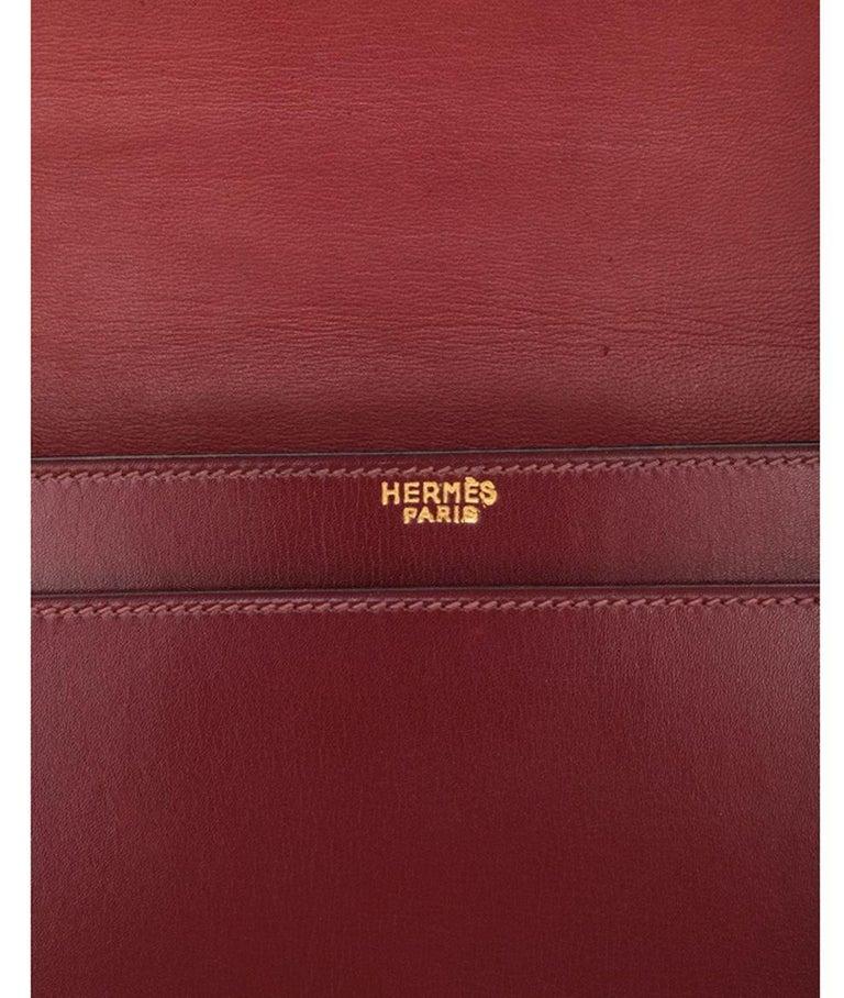Women's or Men's Hermes Bordeaux Shoulder Bag For Sale