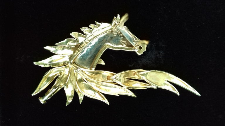 Hermès Brooch In Grey and Yellow Gold Horse Head Numbered Extremely Rare For Sale 8