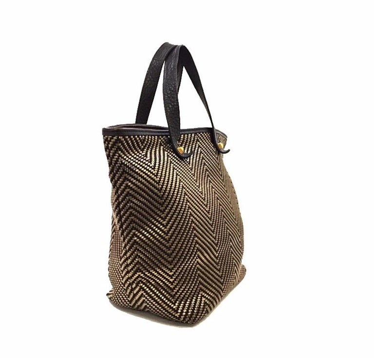 Hermes Brown Gold Leather Woven Carryall Top Handle Satchel Tote Bag In Good Condition For Sale In Chicago, IL