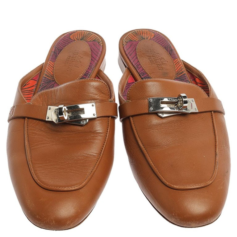 Hermes Brown Leather Leather Palladium Plated Oz Mules Size 36 In Good Condition In Dubai, Al Qouz 2