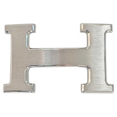 HERMES Buckle H In Brushed Silver 32 mm