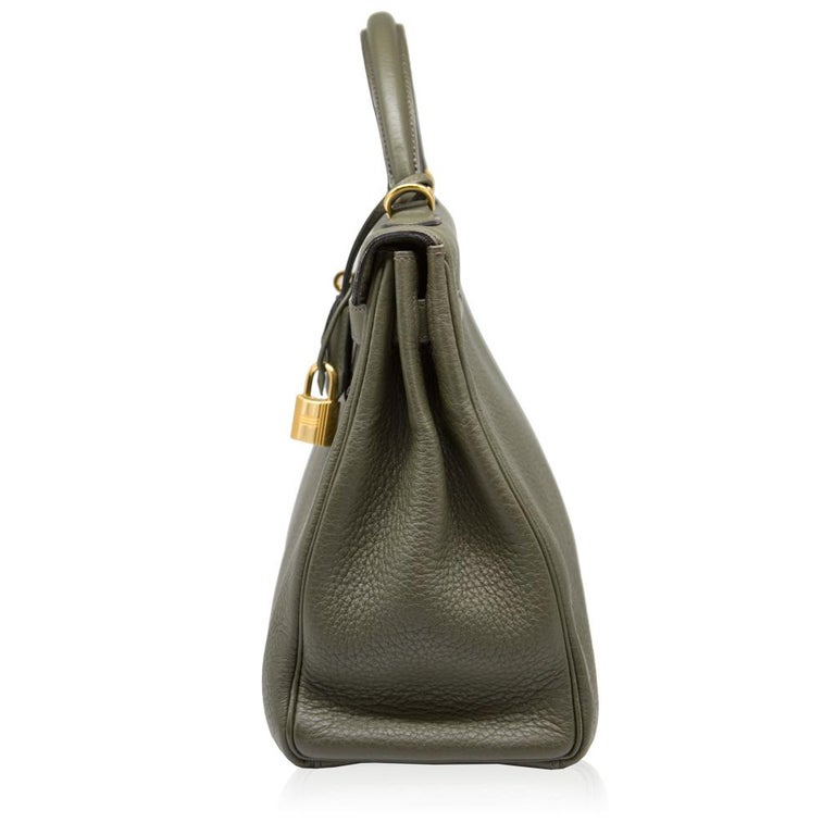 Hermes Canopee Togo Leather 32cm Kelly Bag In Good Condition For Sale In London, GB