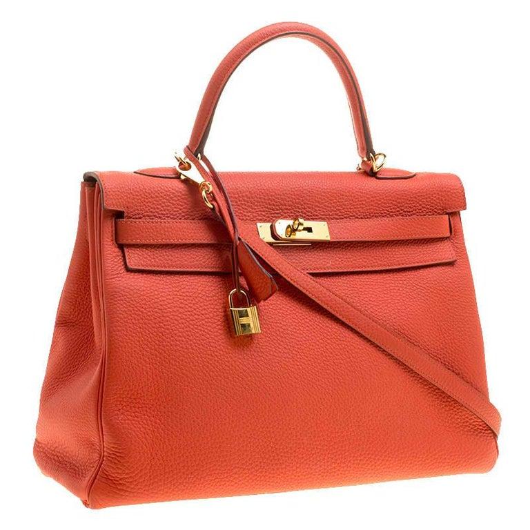 Hermes Capucine Togo Leather Gold Hardware Kelly Retourne 35 Bag In Good Condition For Sale In Dubai, Al Qouz 2