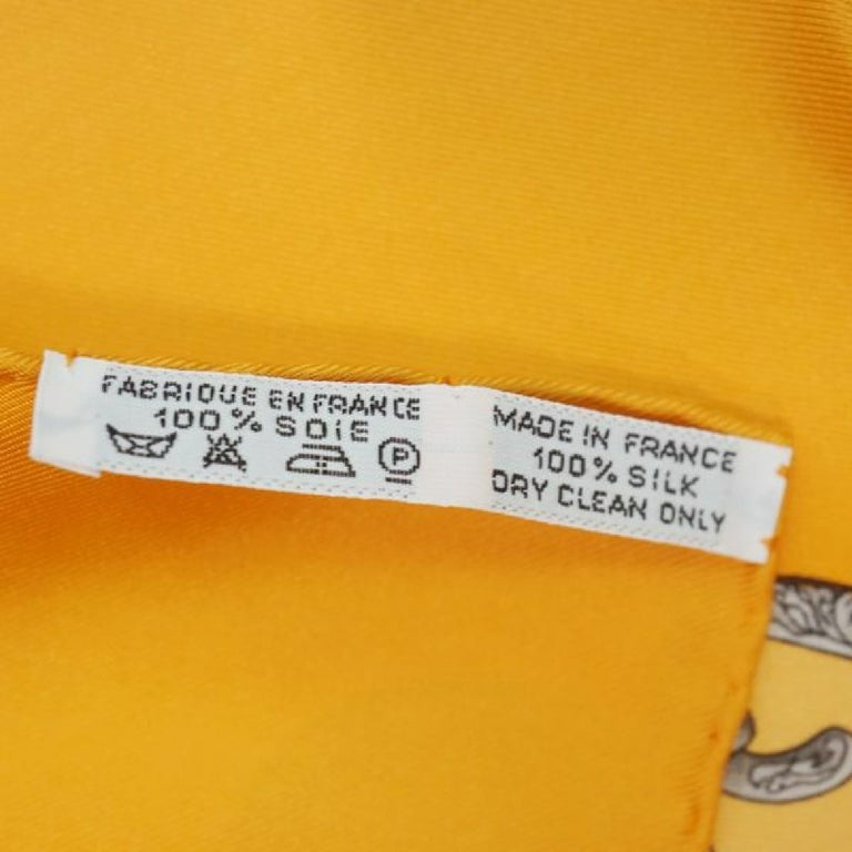 HERMES Carre90 LES TAMBOURS Tambour drum Womens scarf orange In Good Condition For Sale In Takamatsu-shi, JP