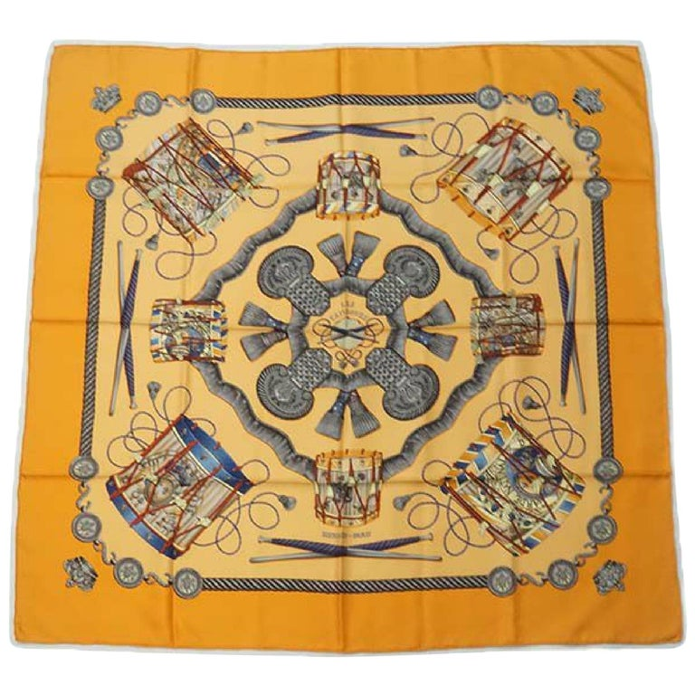 HERMES Carre90 LES TAMBOURS Tambour drum Womens scarf orange For Sale