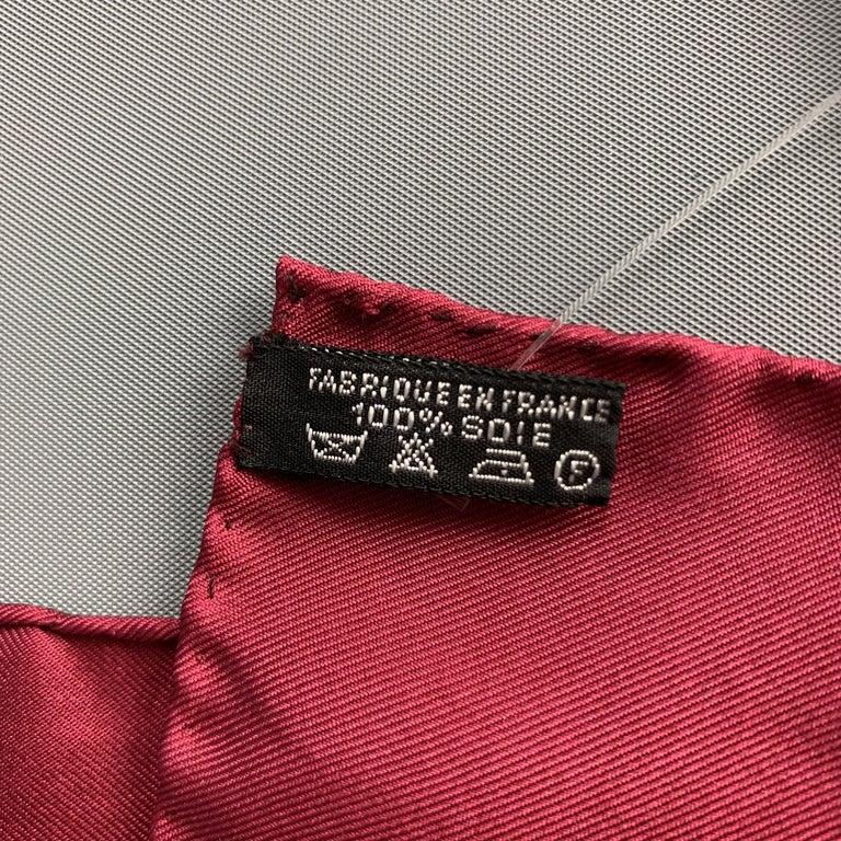 Men's HERMES Chainlink Burgundy Silk Pocket Square For Sale