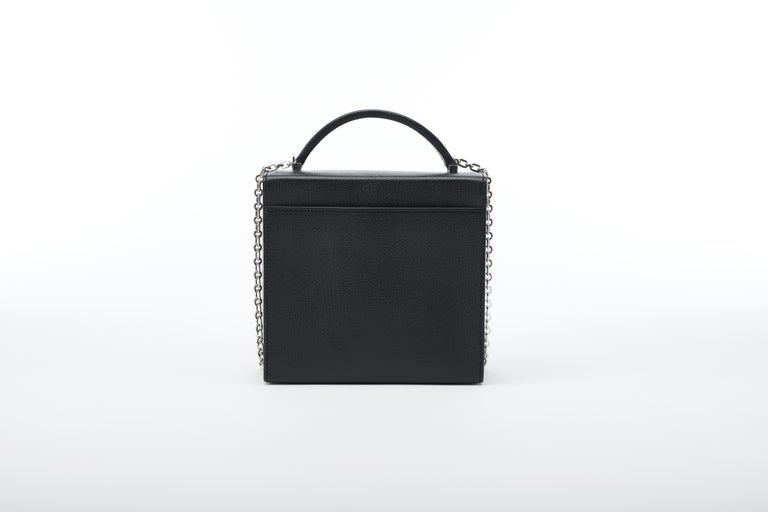 Hermès Cinhetic in Black Chevre Leather with Palladium hardware.  In New Condition For Sale In Sheridan, WY