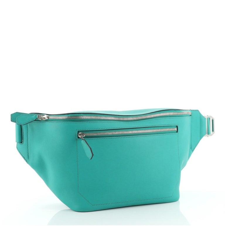 Hermes Cityslide Belt Bag Swift MM In Good Condition For Sale In New York, NY