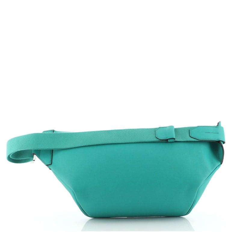 Women's or Men's Hermes Cityslide Belt Bag Swift MM For Sale