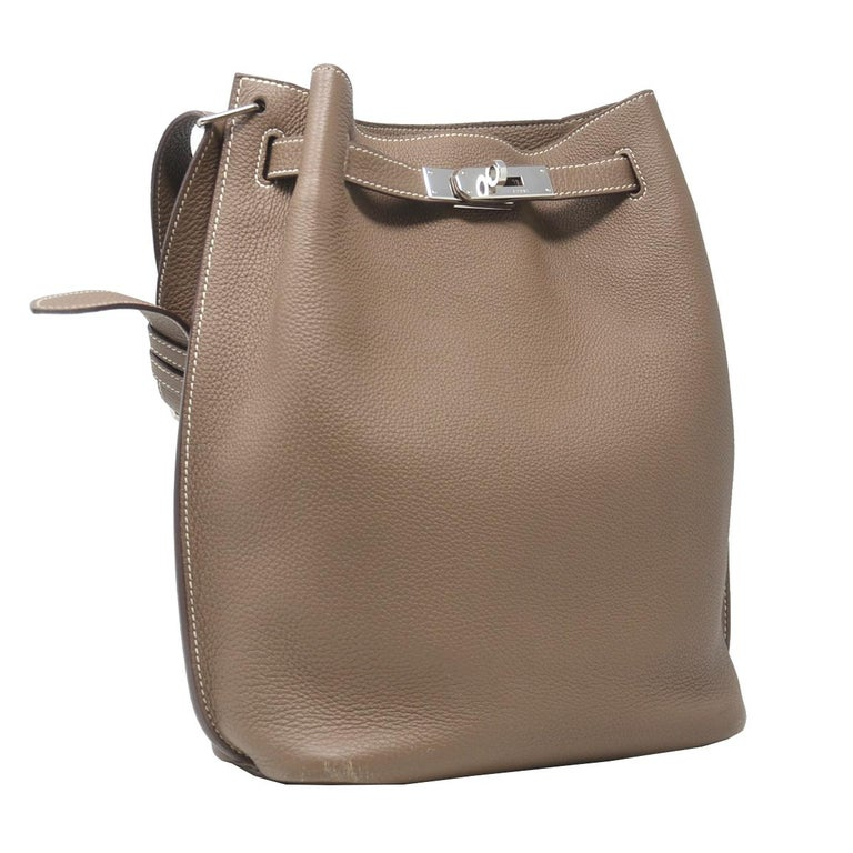 Company-HERMES Model- Clemence So Kelly 22 Color-Taupe Grey Style-Shoulder Bag Material-Leather Measurements-9.25