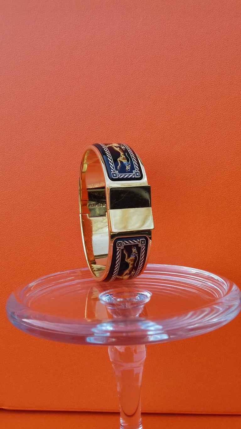 Hermès Clic Clac Enamel Bracelet Greyhound Dog Lévriers Gold Plated Hdw GM In Good Condition For Sale In ., FR