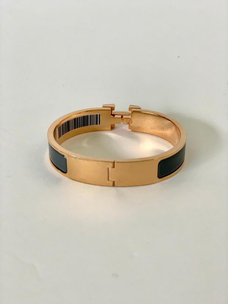 Hermes Clic H Enamel Bangle Bracelet Ardoise Grey Rose Gold PM In New Condition For Sale In Delray Beach, FL