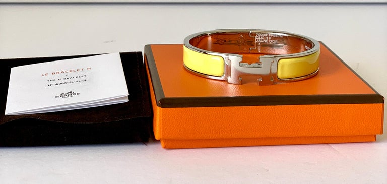 Hermes Clic  H bracelet in Palladium Plated  Color: Jaune Size PM  Circumference: 7