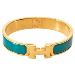 Hermès Clic H Green Enamel Gold Plated Narrow Bracelet PM
