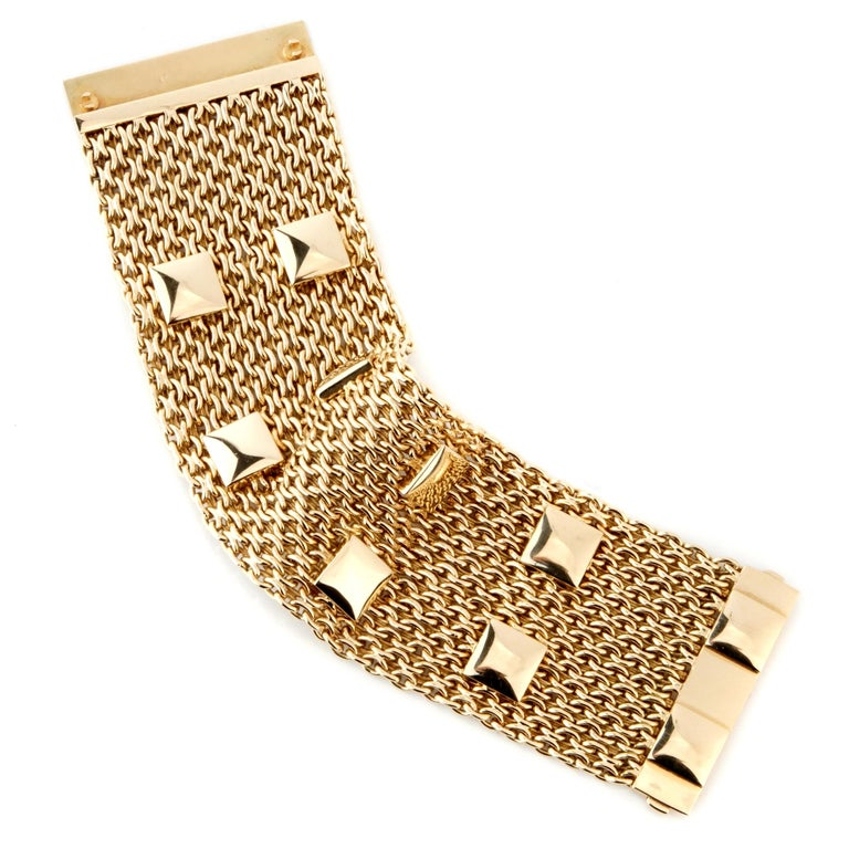 Hermes Collier De Chein Mesh Gold Bracelet In Excellent Condition For Sale In Feasterville, PA