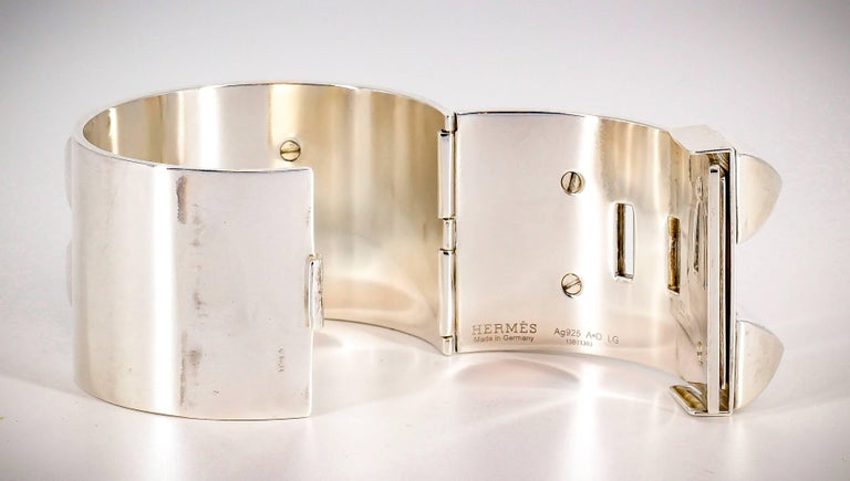Hermes Collier de Chien Sterling Silver Large Studded Bracelet In Excellent Condition For Sale In New York, NY