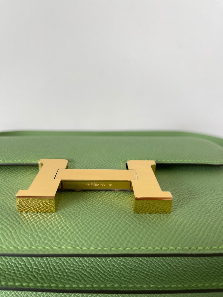 Hermes Constance 18cm Criquet  Epsom Gold Hardware Bag In New Condition For Sale In Delray Beach, FL