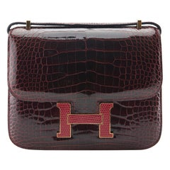 Hermès Constance 18MM Bourgoune Alligator Marquette with Lizard Hardware.