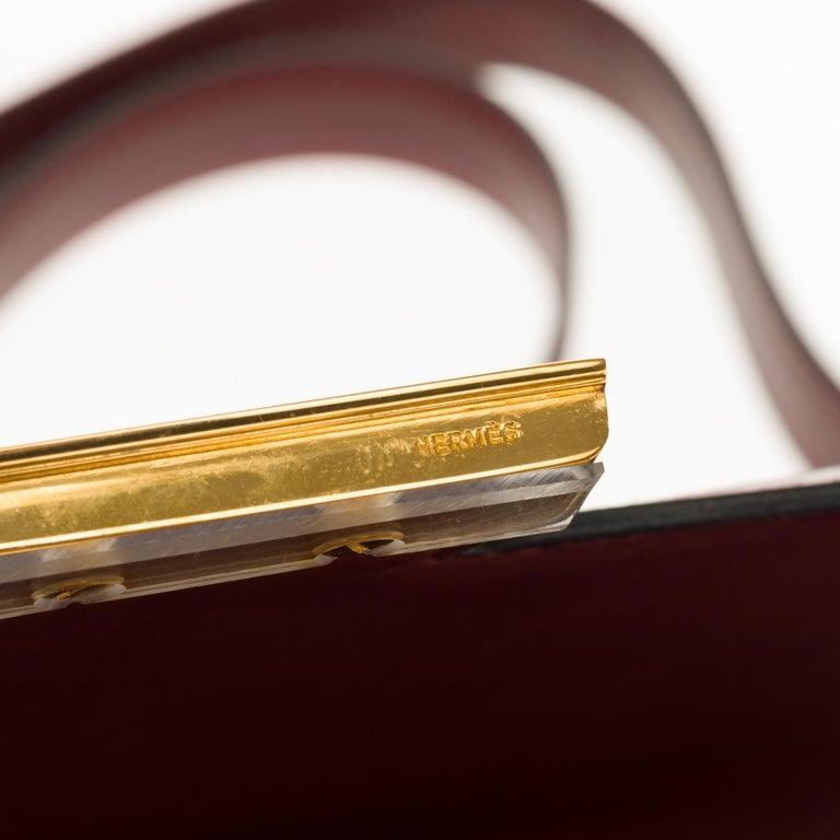 Hermes Constance 23 shoulder bag in burgundy calfskin with gold hardware ! For Sale 8