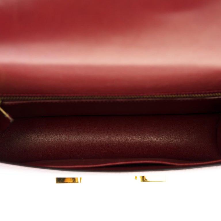 Hermes Constance 23 shoulder bag in burgundy calfskin with gold hardware ! For Sale 3