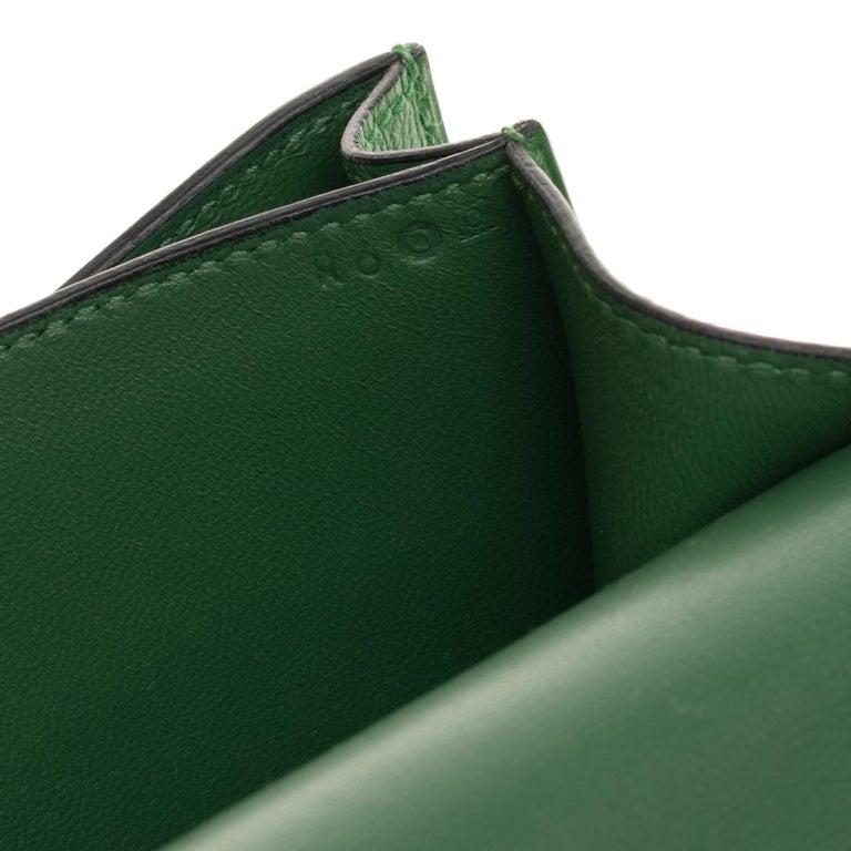 Hermès Constance Elan epsom green bengale handbag, gold hardware still sealed For Sale 3