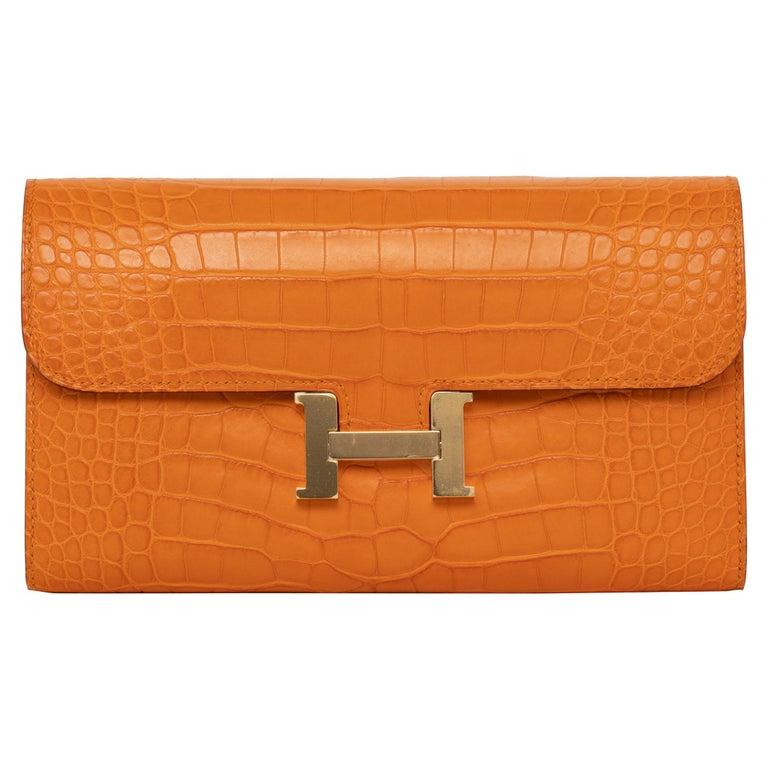 Hermès Constance Long Wallet Abricot Matte Alligator Gold Hardware For Sale