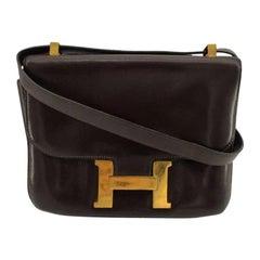HERMÈS Constance Shoulder bag in Brown Leather