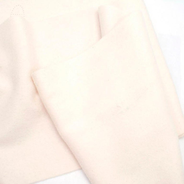 Hermes Cream Cashmere Scarf For Sale 3