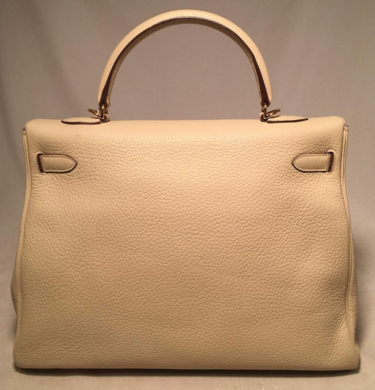 Hermes Parchemin Taurillon Clemence Leather Kelly 35 GHW In Excellent Condition For Sale In Philadelphia, PA