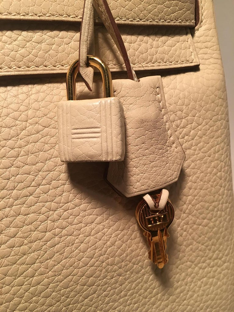 Women's Hermes Parchemin Taurillon Clemence Leather Kelly 35 GHW For Sale