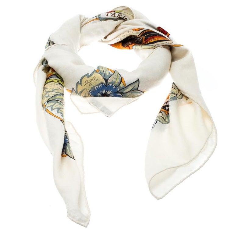 Accessories from Hermes represent its creative flair and aesthetical prowess. Exhibiting a beautiful and meaningful jungle print, this shawl will add extra character to your subtle looks. The print depicts the love of a mother of her children in the