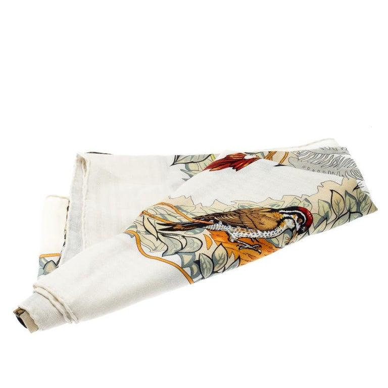 Hermes Cream Jungle Love Print Cashmere and Silk Square Shawl In Good Condition For Sale In Dubai, Al Qouz 2