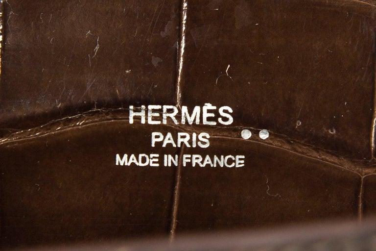 HERMÈS  Crocodile Kelly Cut Longue Clutch  For Sale 4