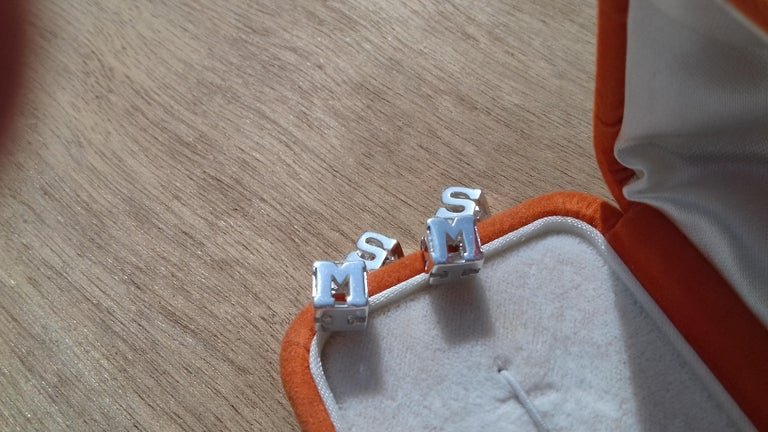 Hermès Cube Cufflinks Men and Women With Hermes Logo Letters in Silver For Sale 5