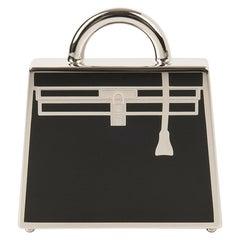 Hermes Curiosite Kelly Laque Charm Black / Palladium Pendant