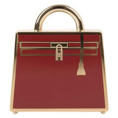 Hermes Curiosite Kelly Laque Charm Rouge H Permabrass Pendant