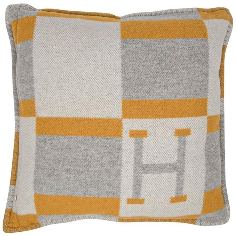Hermes Cushion Avalon Bayadere PM Throw Pillow Jaune / Gris Claire For Sale