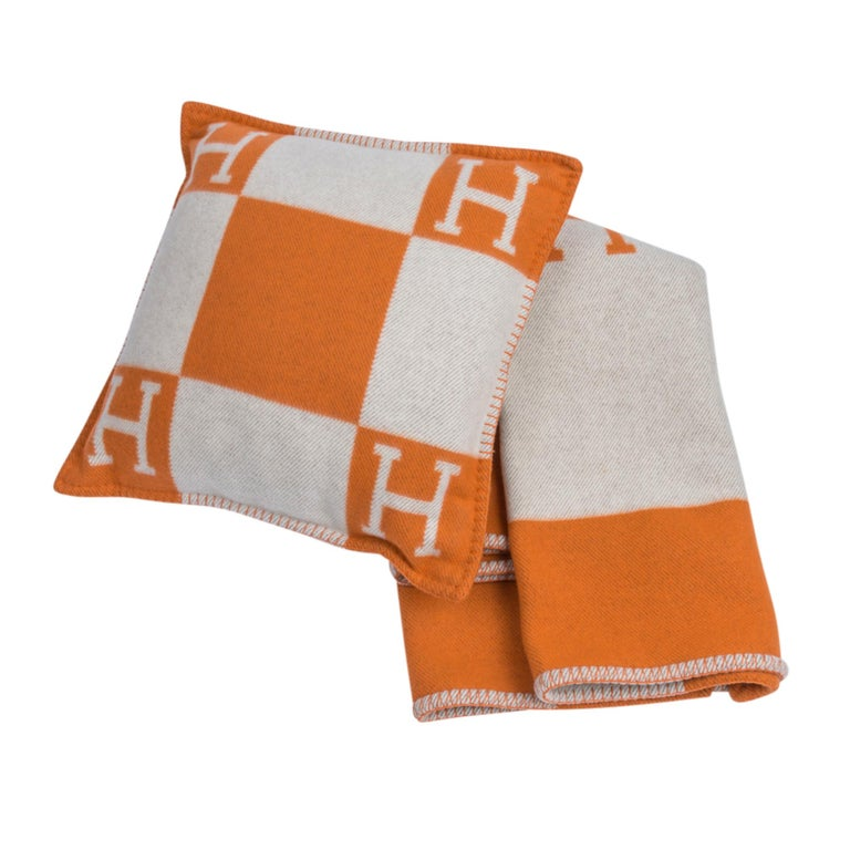 Hermes Cushion Avalon I PM Signature Orange Throw Pillow Cushion Set of Two New For Sale 2