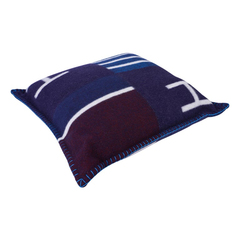 Hermes Cushion Avalon Vibration Blue Marine Small Model Throw Pillow Set of Two For Sale 6