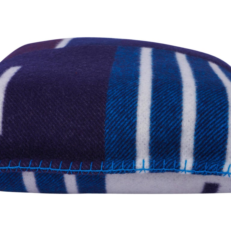 Hermes Cushion Avalon Vibration Blue Marine Small Model Throw Pillow Set of Two For Sale 8