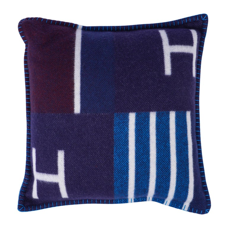 Hermes Cushion Avalon Vibration Blue Marine Small Model Throw Pillow Set of Two In New Condition For Sale In Miami, FL