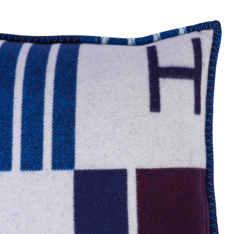 Women's or Men's Hermes Cushion Avalon Vibration Blue Marine Small Model Throw Pillow Set of Two For Sale