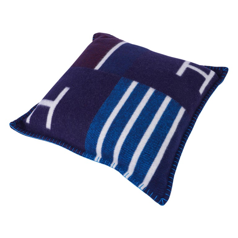 Hermes Cushion Avalon Vibration Blue Marine Small Model Throw Pillow Set of Two For Sale 2