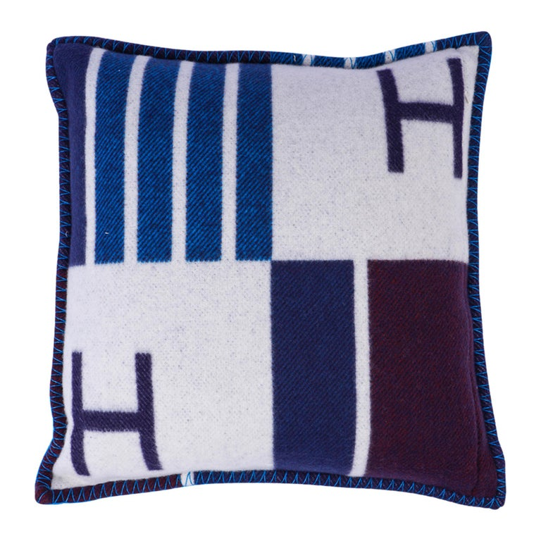 Hermes Cushion Avalon Vibration Blue Marine Small Model Throw Pillow Set of Two For Sale 3