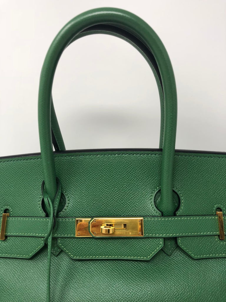 Hermes Emerald Green courchevel leather Gold hardware Birkin 35 Bag For Sale 2