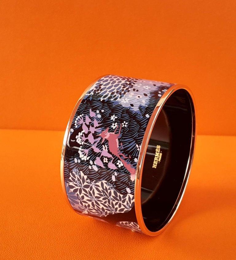 Hermès Enamel Bracelet Dans Un Jardin Anglais Shirley Rosé Ghw Size 65 GRAIL For Sale 11