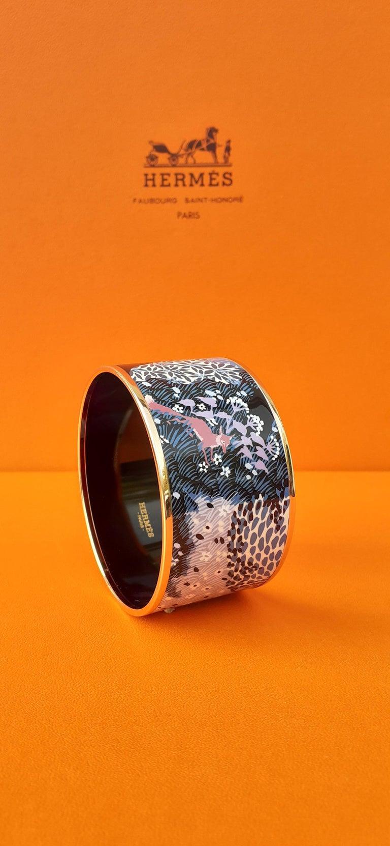 Gorgeous Authentic Hermès Bracelet  A rare opportunity to get this GRAIL Hermès Bracelet !  Pattern:
