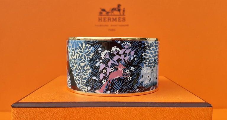 Hermès Enamel Bracelet Dans Un Jardin Anglais Shirley Rosé Ghw Size 65 GRAIL In Excellent Condition For Sale In ., FR